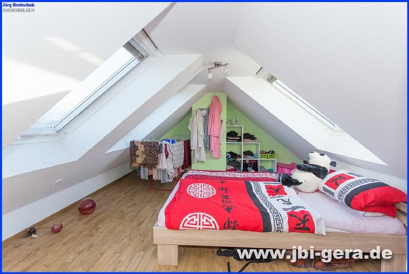 Schlafzimmer DG WE