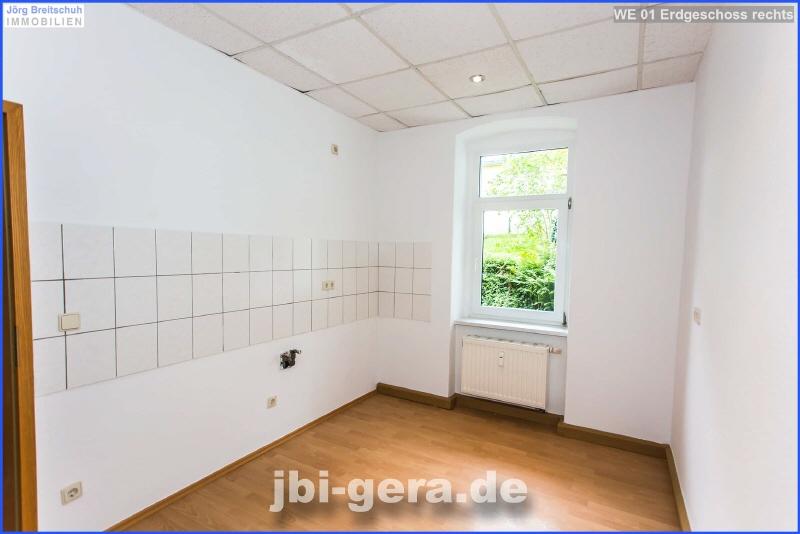 WE 01 Küche mit Fenster Bild2