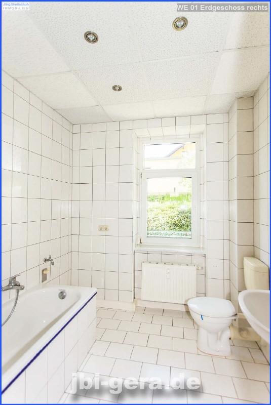 WE 01 Bad mit Wanne und Dusche